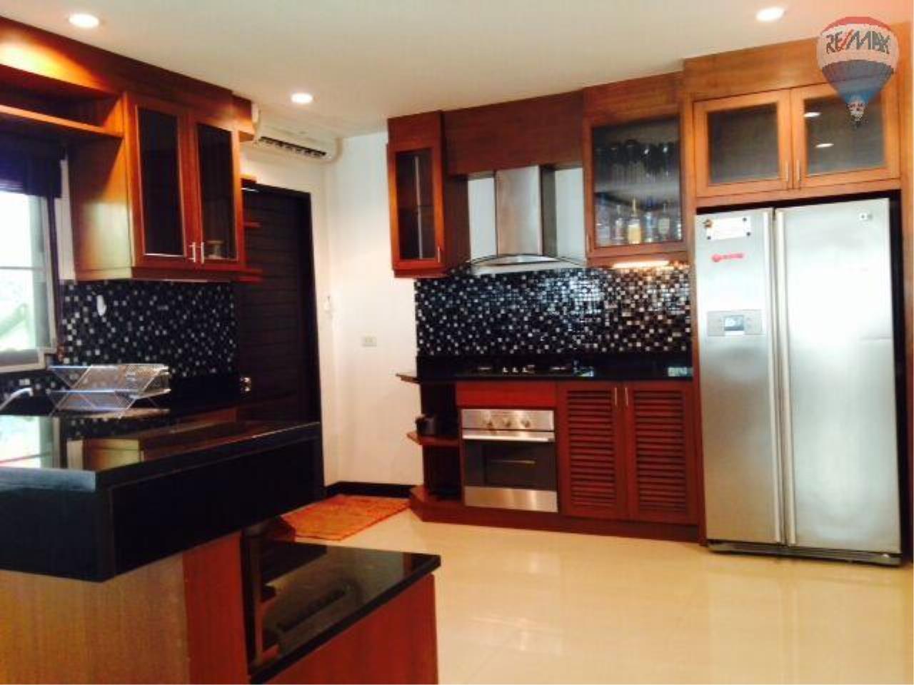 RE/MAX Top Properties Agency's Botanica Villa A5 Rent 29