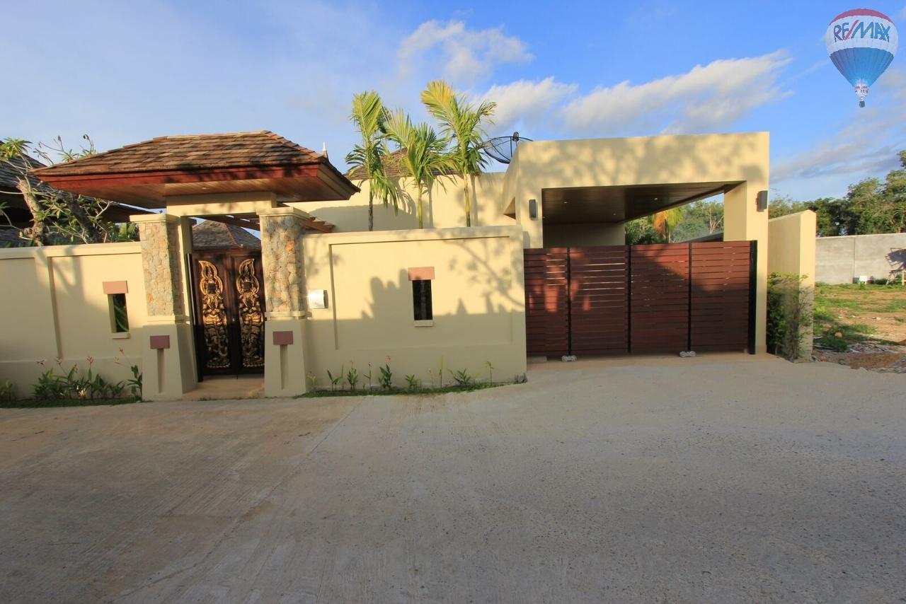 RE/MAX Top Properties Agency's Botanica villa B4 3