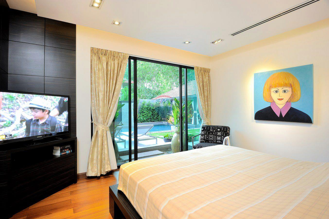 RE/MAX Top Properties Agency's Villa Modern and Extravagant 3 bedroom in Cherngtalay 10