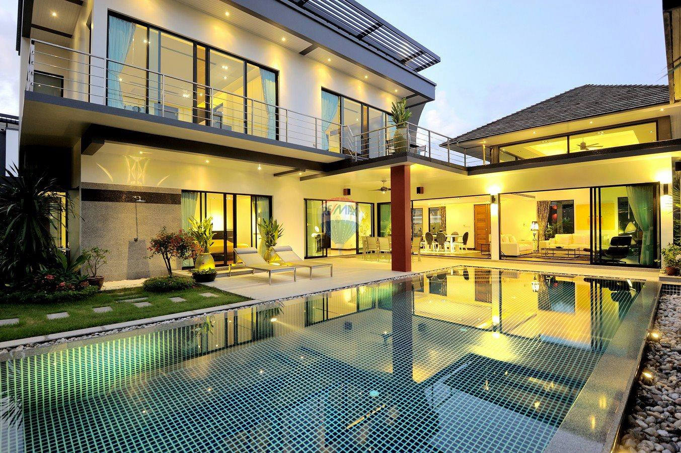 RE/MAX Top Properties Agency's Villa Modern and Extravagant 3 bedroom in Cherngtalay 32