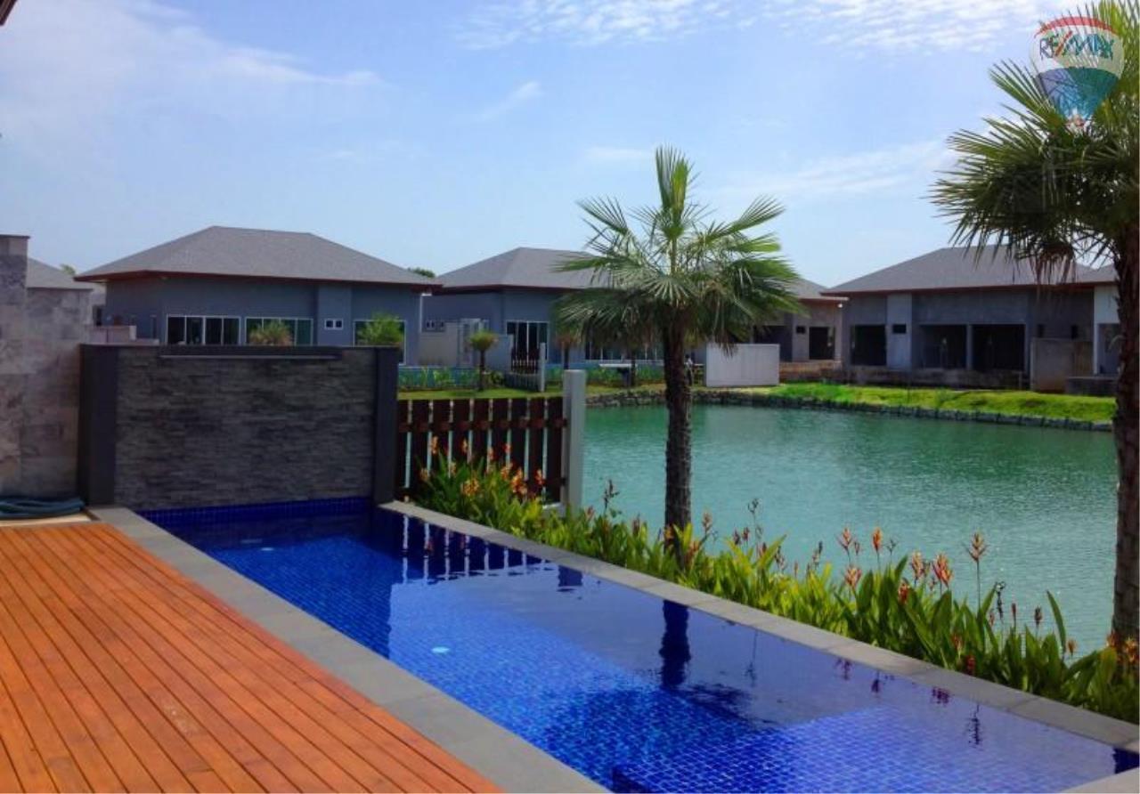RE/MAX Top Properties Agency's Layan,Pool Villa Lake view 1