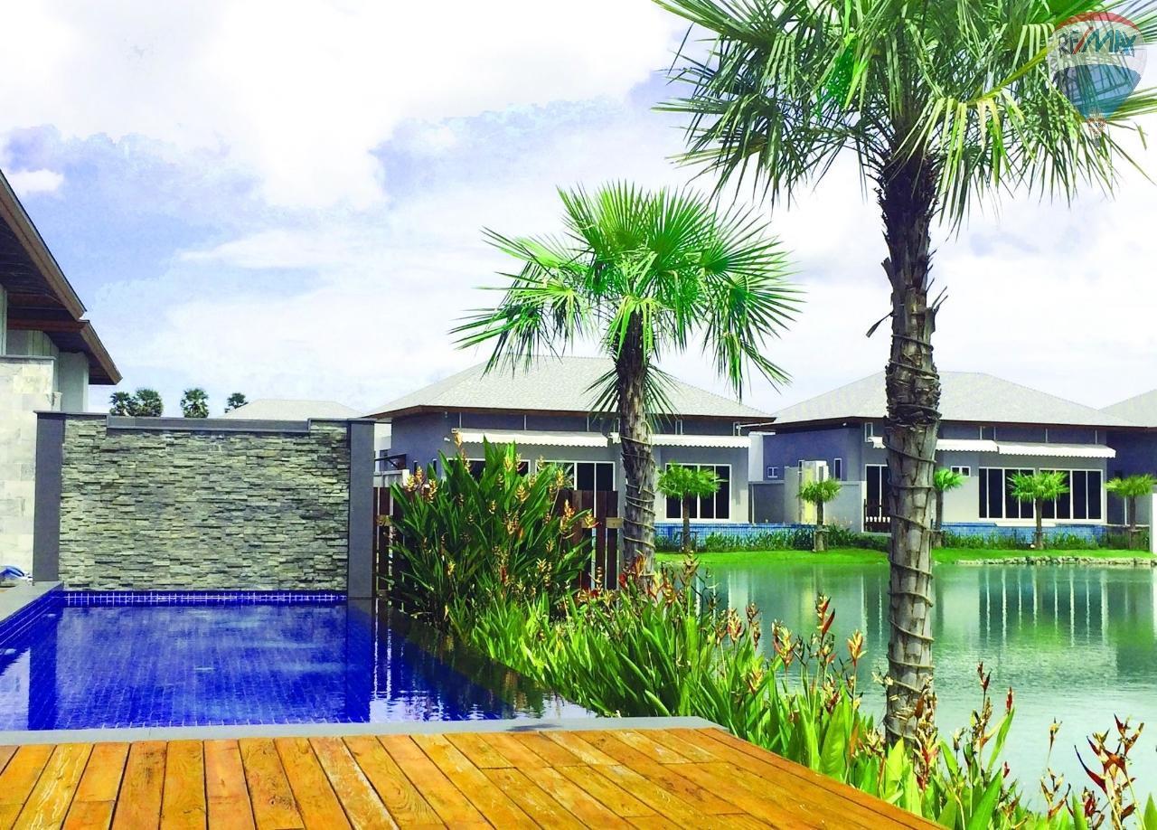 RE/MAX Top Properties Agency's Layan,Pool Villa Lake view 2