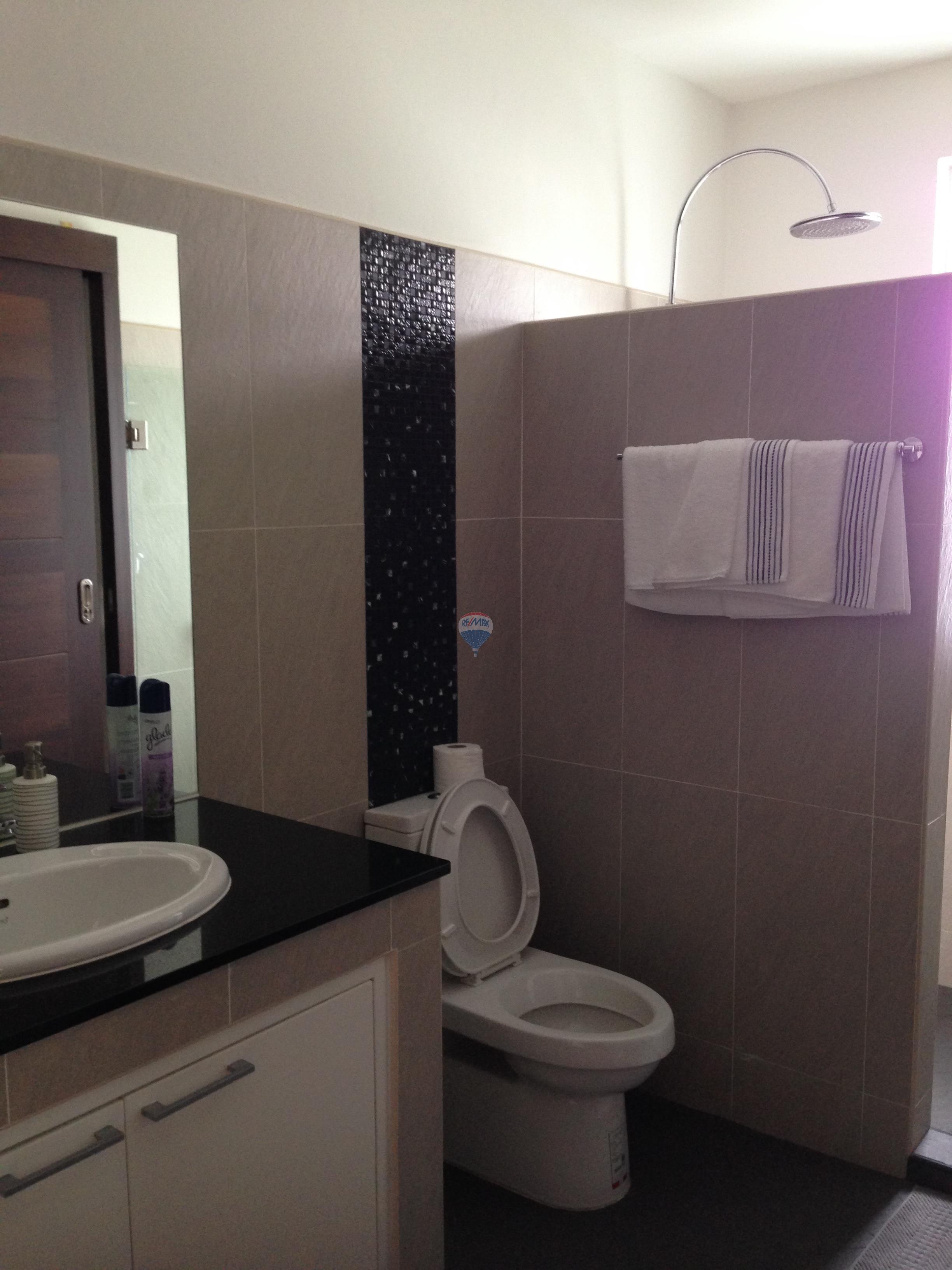 RE/MAX Top Properties Agency's 2 Bedroom Elegant Villa with Private Pool in Rawai 8