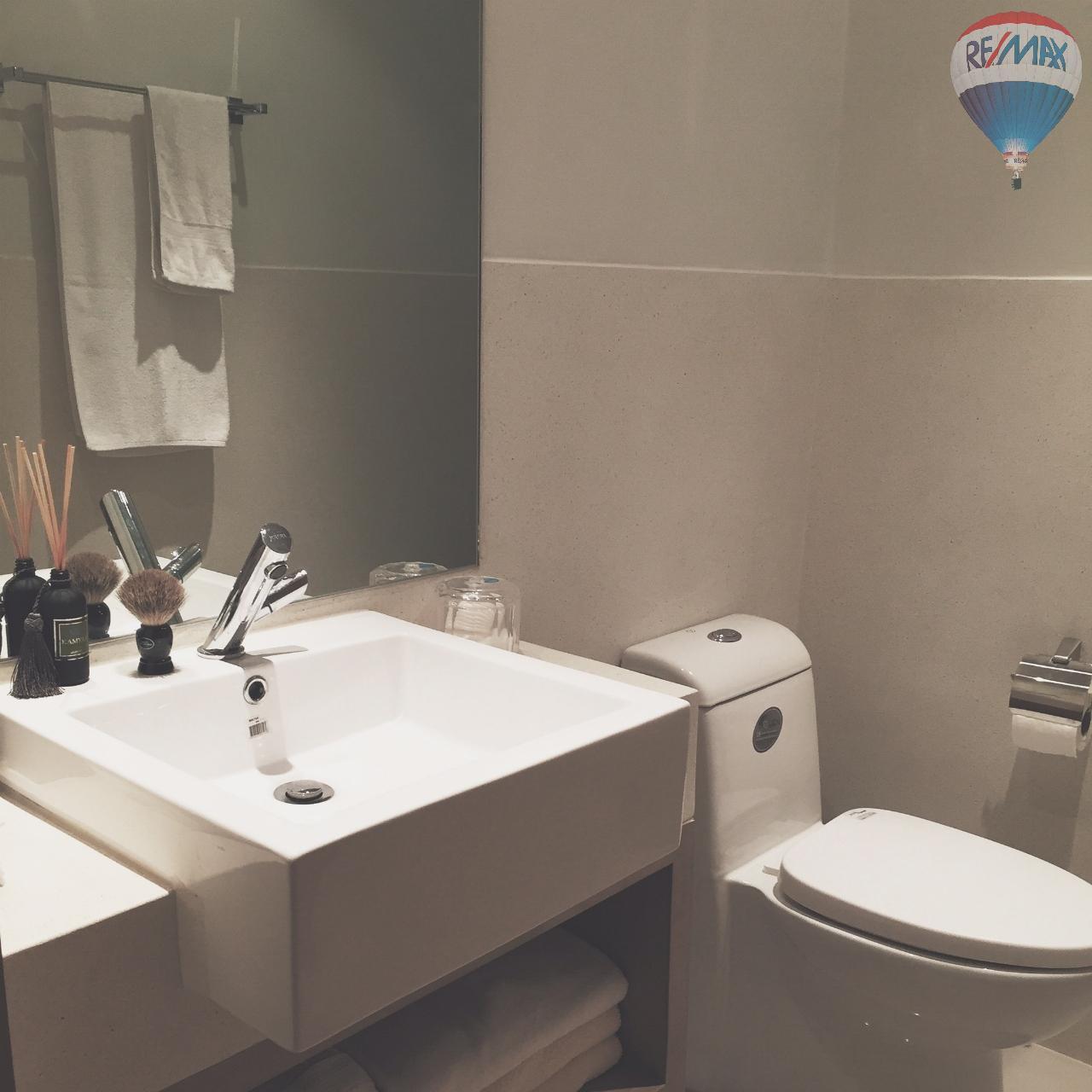 RE/MAX Top Properties Agency's EVA Town B50 2 bed 14