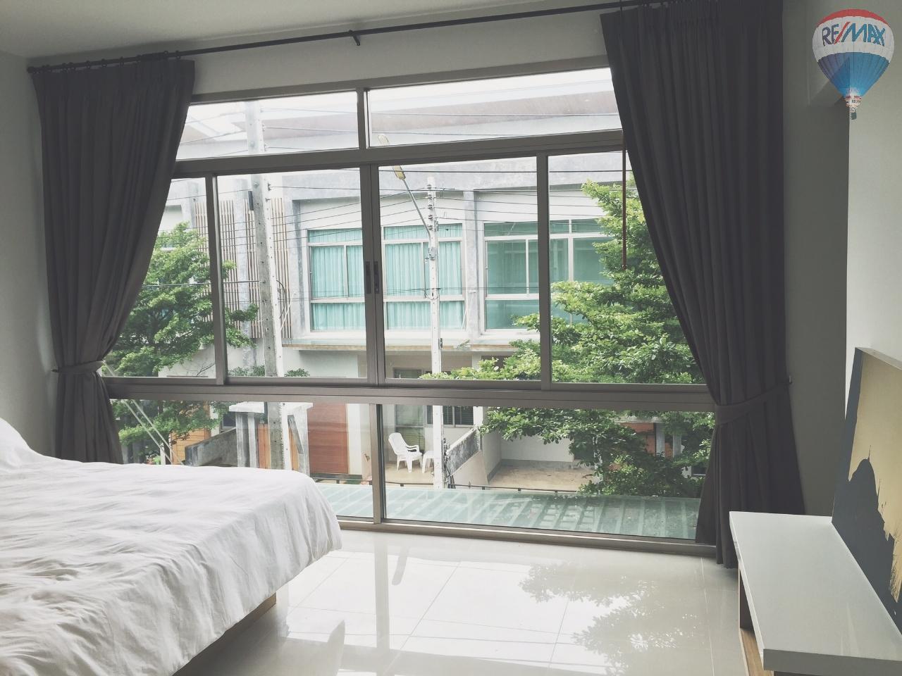 RE/MAX Top Properties Agency's EVA Town B50 2 bed 3
