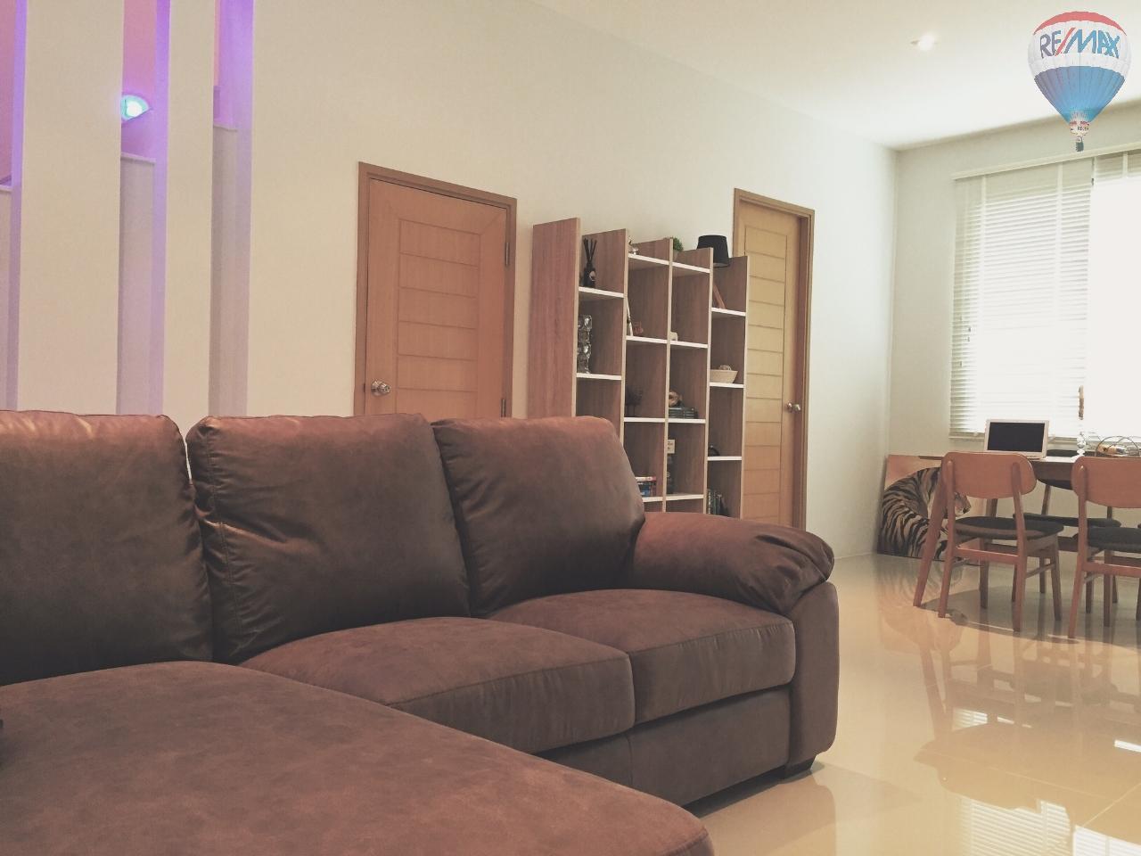 RE/MAX Top Properties Agency's EVA Town B50 2 bed 9
