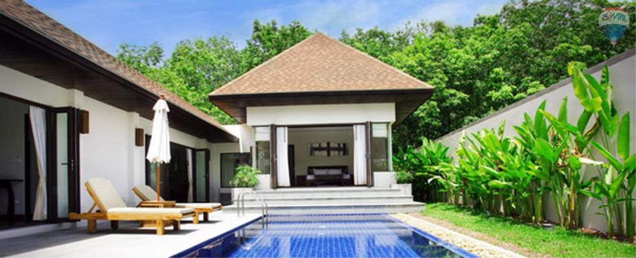 RE/MAX Top Properties Agency's For Sale Luxury Villa Naiharn Phuket 10