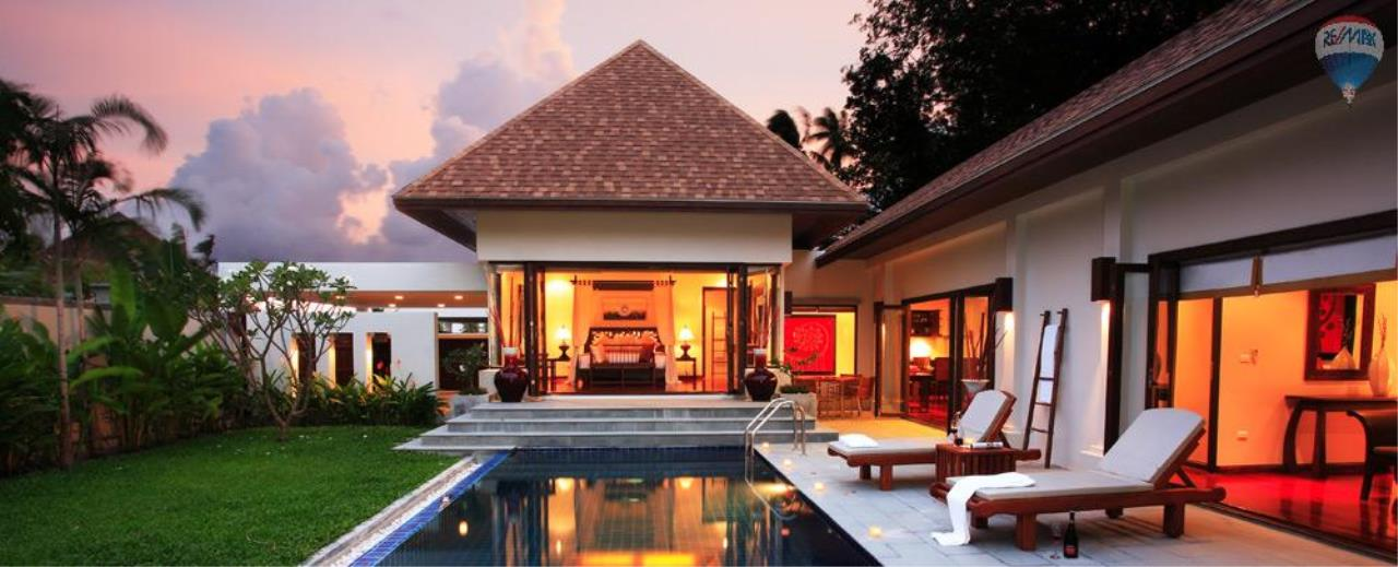 RE/MAX Top Properties Agency's For Sale Luxury Villa Naiharn Phuket 104
