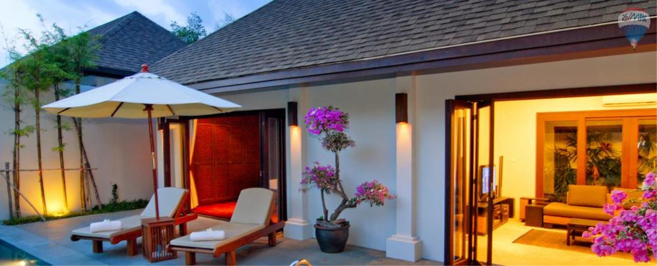 RE/MAX Top Properties Agency's For Sale Luxury Villa Naiharn Phuket 105