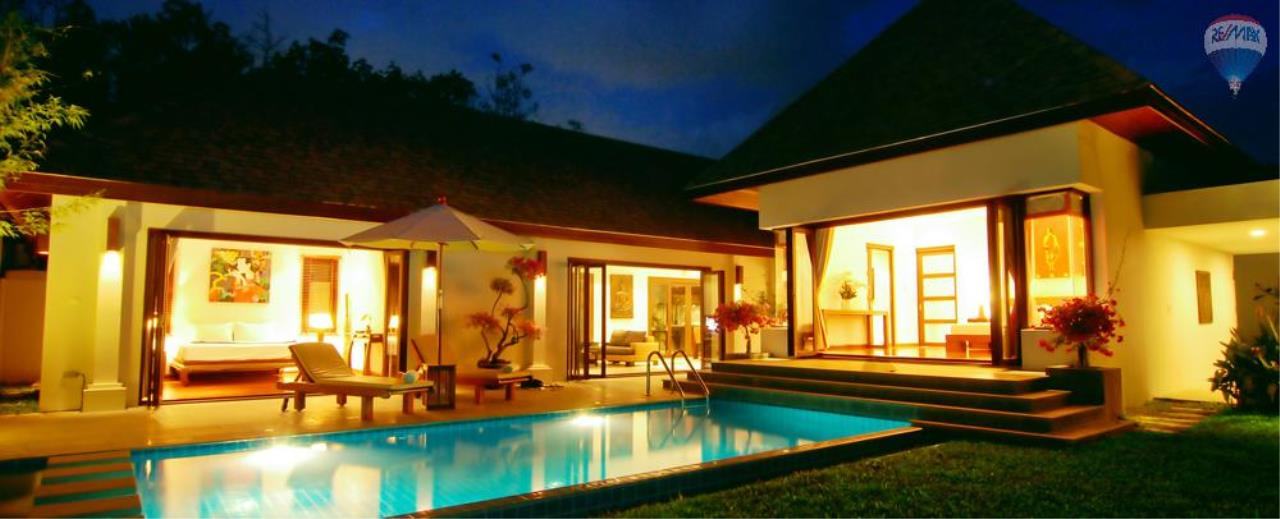 RE/MAX Top Properties Agency's For Sale Luxury Villa Naiharn Phuket 109
