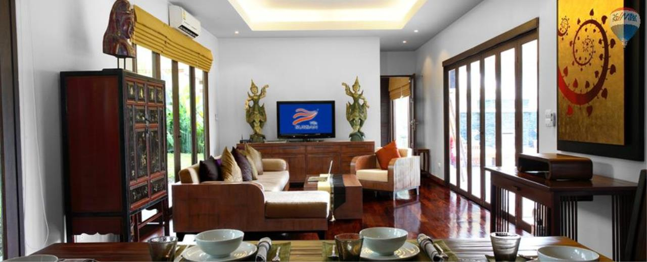 RE/MAX Top Properties Agency's For Sale Luxury Villa Naiharn Phuket 125