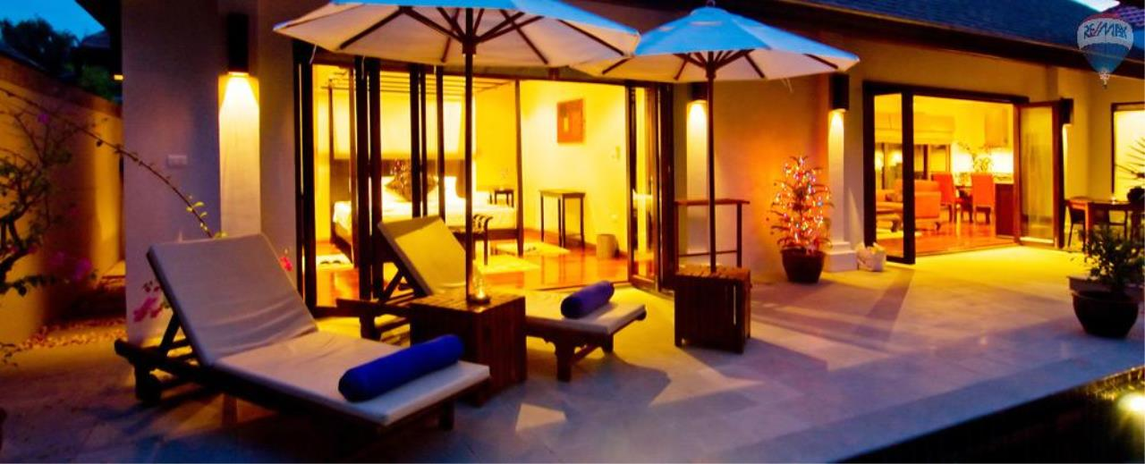 RE/MAX Top Properties Agency's For Sale Luxury Villa Naiharn Phuket 129
