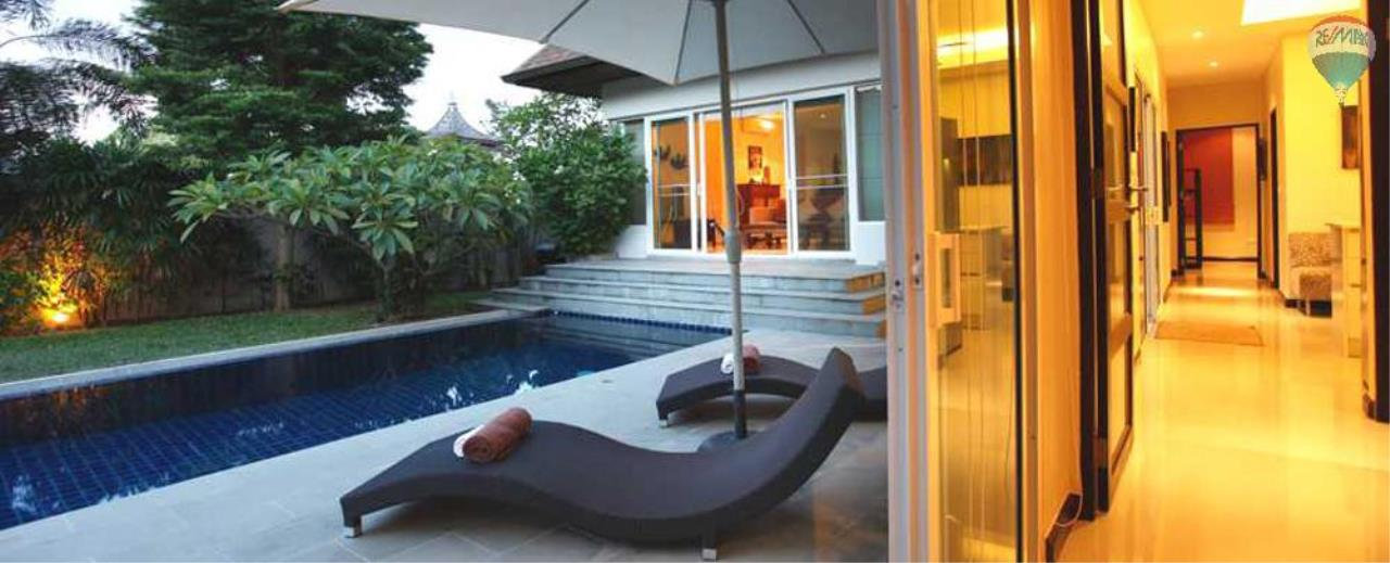 RE/MAX Top Properties Agency's For Sale Luxury Villa Naiharn Phuket 133