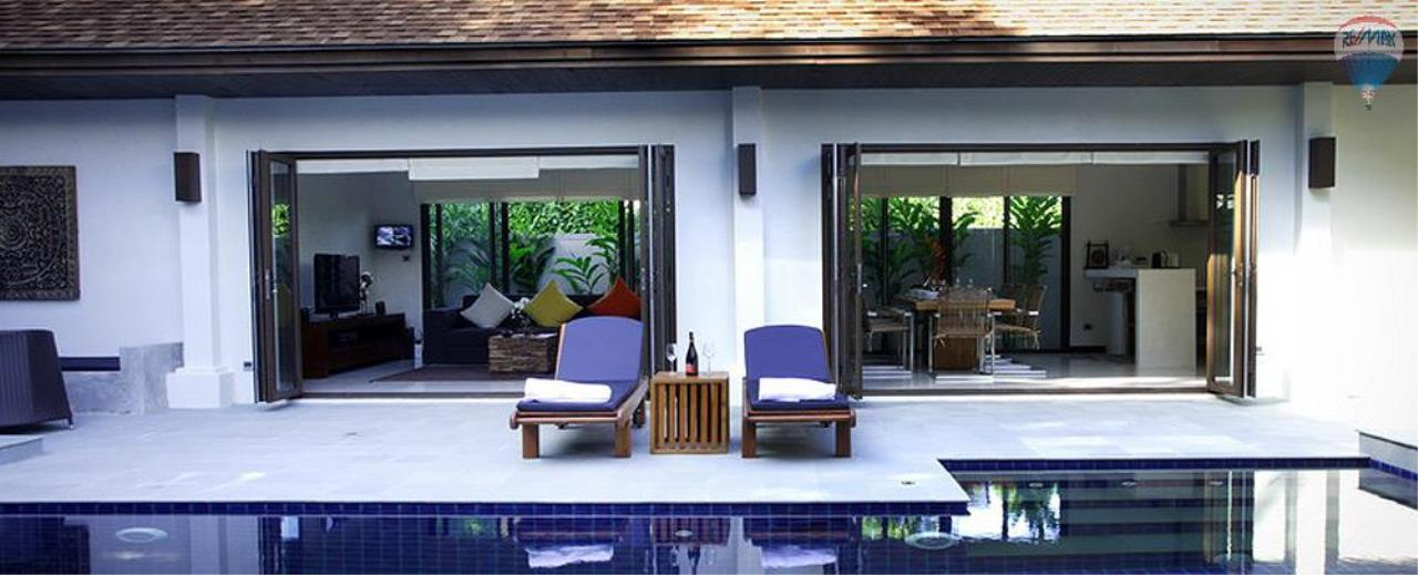 RE/MAX Top Properties Agency's For Sale Luxury Villa Naiharn Phuket 136