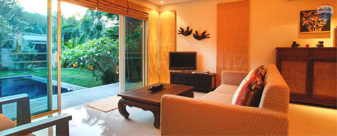 RE/MAX Top Properties Agency's For Sale Luxury Villa Naiharn Phuket 139