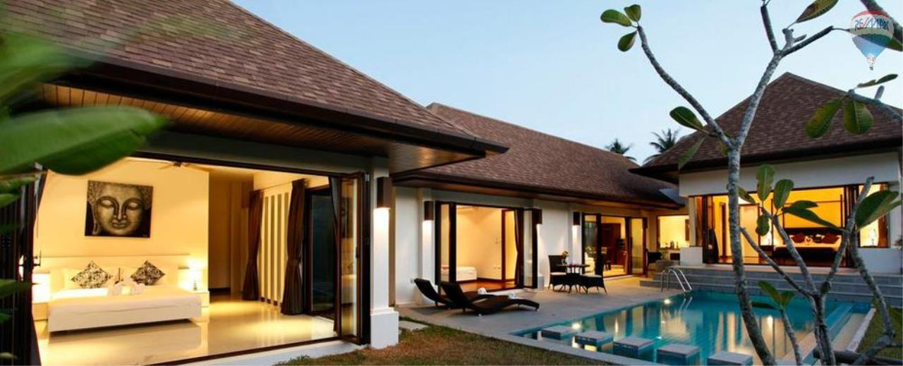 RE/MAX Top Properties Agency's For Sale Luxury Villa Naiharn Phuket 143