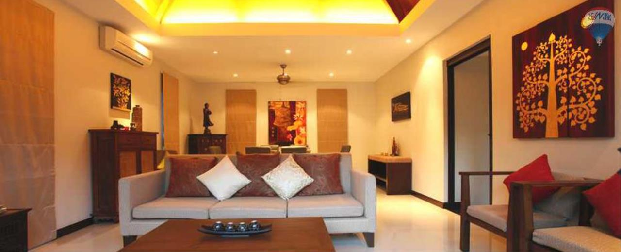 RE/MAX Top Properties Agency's For Sale Luxury Villa Naiharn Phuket 26