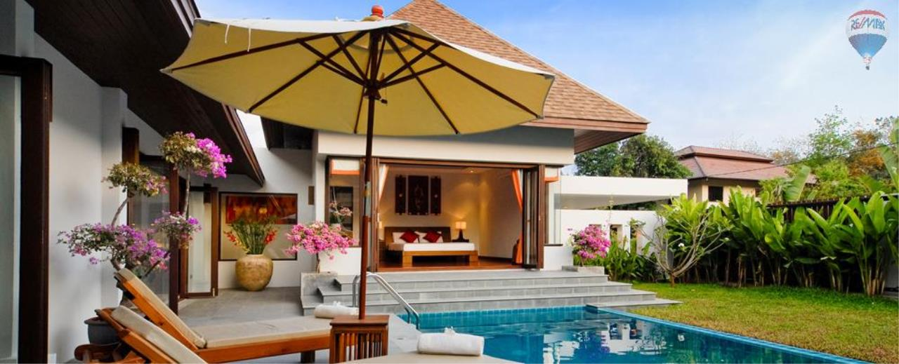 RE/MAX Top Properties Agency's For Sale Luxury Villa Naiharn Phuket 29