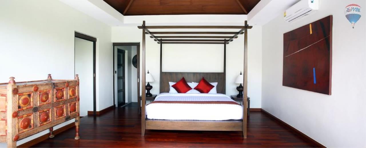RE/MAX Top Properties Agency's For Sale Luxury Villa Naiharn Phuket 81