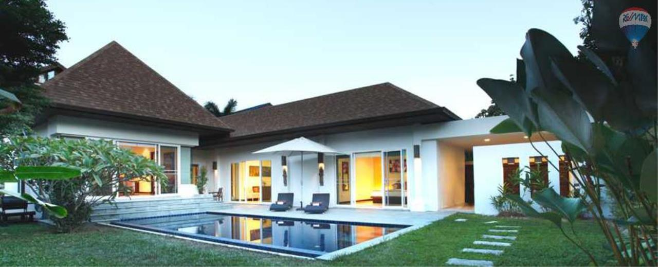 RE/MAX Top Properties Agency's For Sale Luxury Villa Naiharn Phuket 85