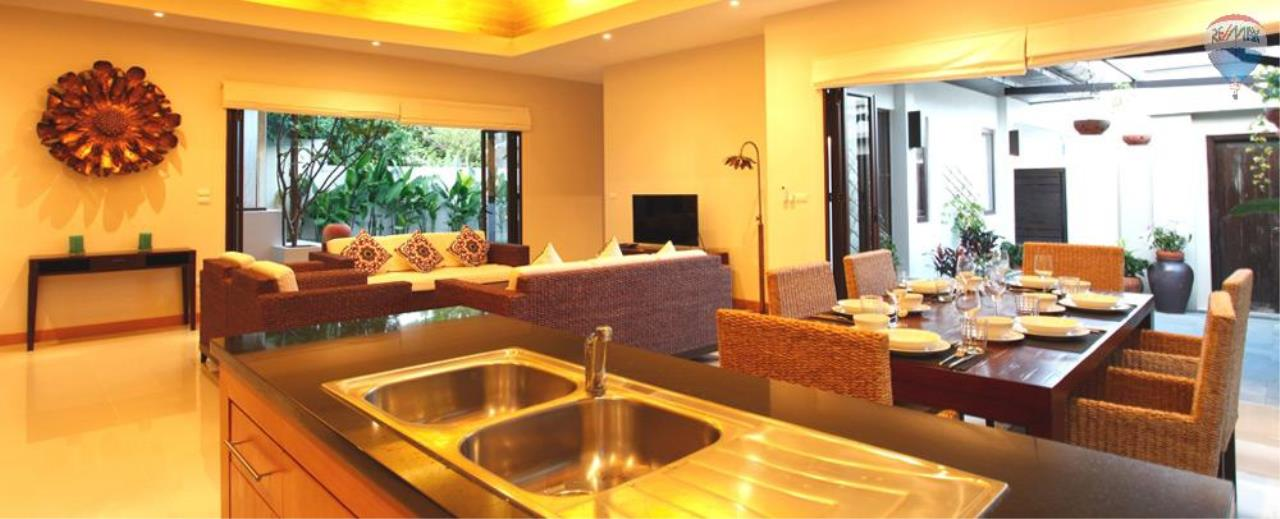 RE/MAX Top Properties Agency's For Sale Luxury Villa Naiharn Phuket 89