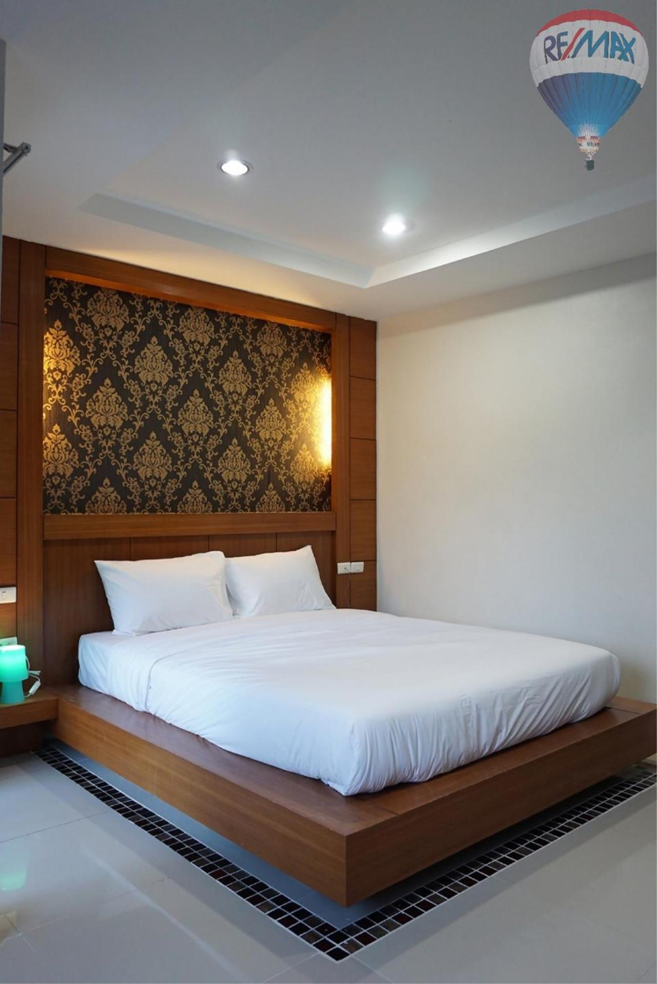 RE/MAX Top Properties Agency's 8 Rooms Guesthouse For Rent Patoong Beach NO KEY MONEY 12