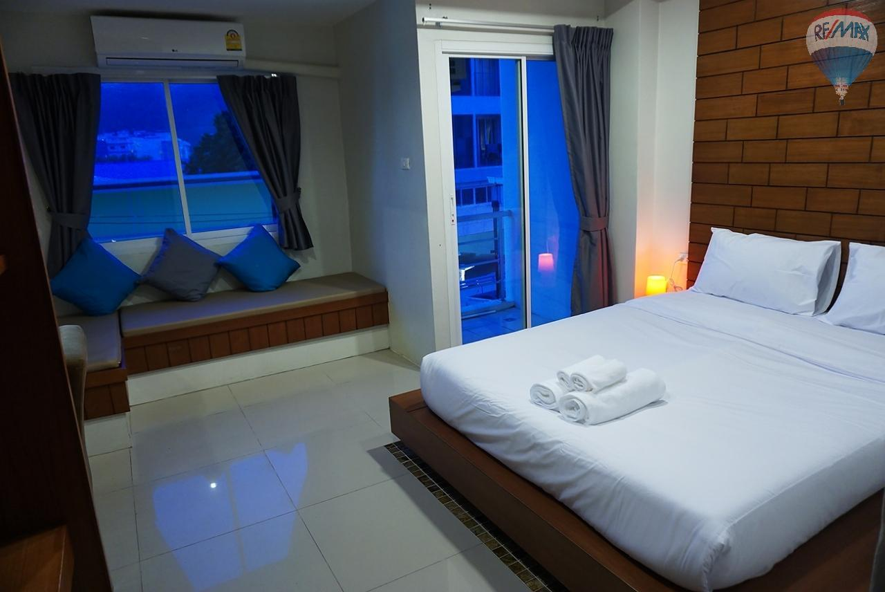 RE/MAX Top Properties Agency's 8 Rooms Guesthouse For Rent Patoong Beach NO KEY MONEY 13