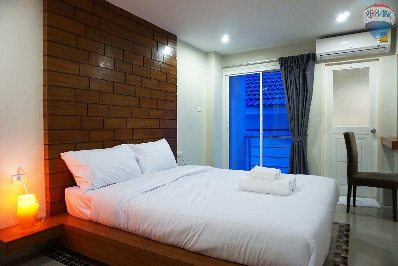 RE/MAX Top Properties Agency's 8 Rooms Guesthouse For Rent Patoong Beach NO KEY MONEY 14