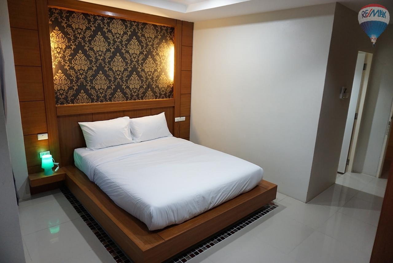 RE/MAX Top Properties Agency's 8 Rooms Guesthouse For Rent Patoong Beach NO KEY MONEY 17
