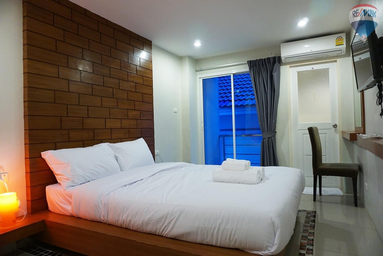 RE/MAX Top Properties Agency's 8 Rooms Guesthouse For Rent Patoong Beach NO KEY MONEY 22