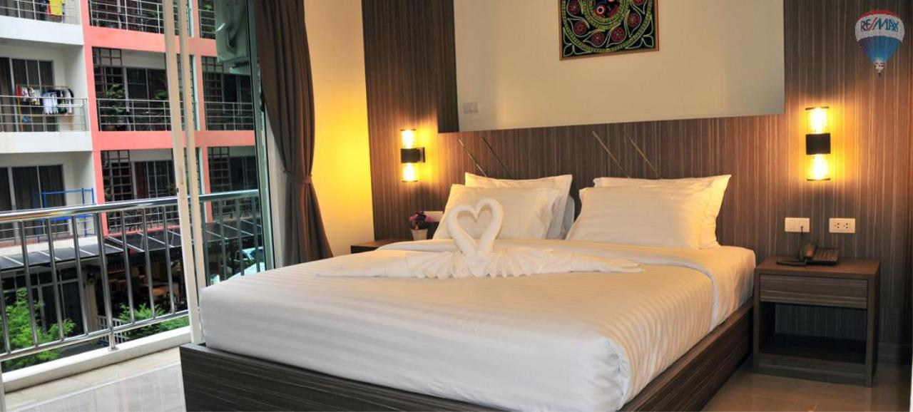 RE/MAX Top Properties Agency's 28 Rooms Hotel with Lift For Sale Patong Beach Cheap Rental  10