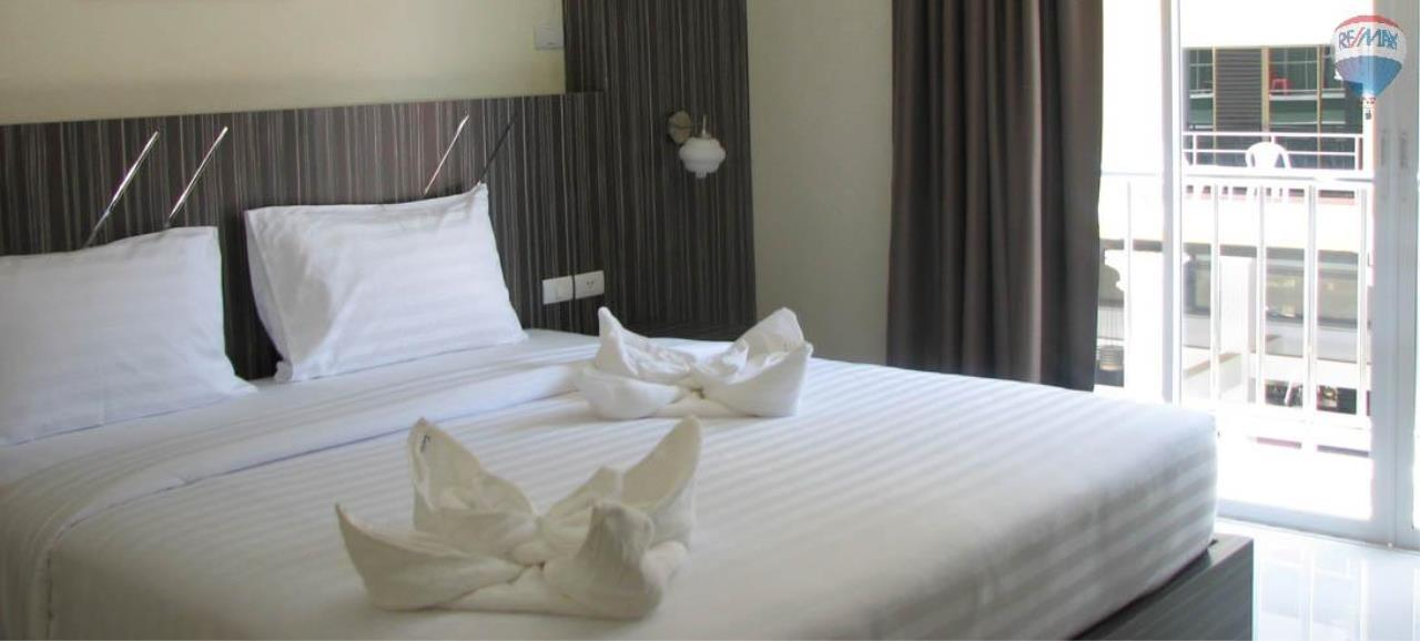 RE/MAX Top Properties Agency's 28 Rooms Hotel with Lift For Sale Patong Beach Cheap Rental  15