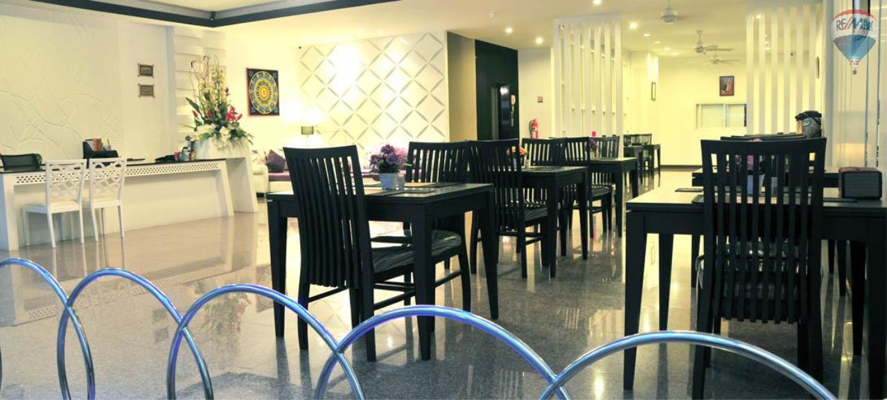 RE/MAX Top Properties Agency's 28 Rooms Hotel with Lift For Sale Patong Beach Cheap Rental  6