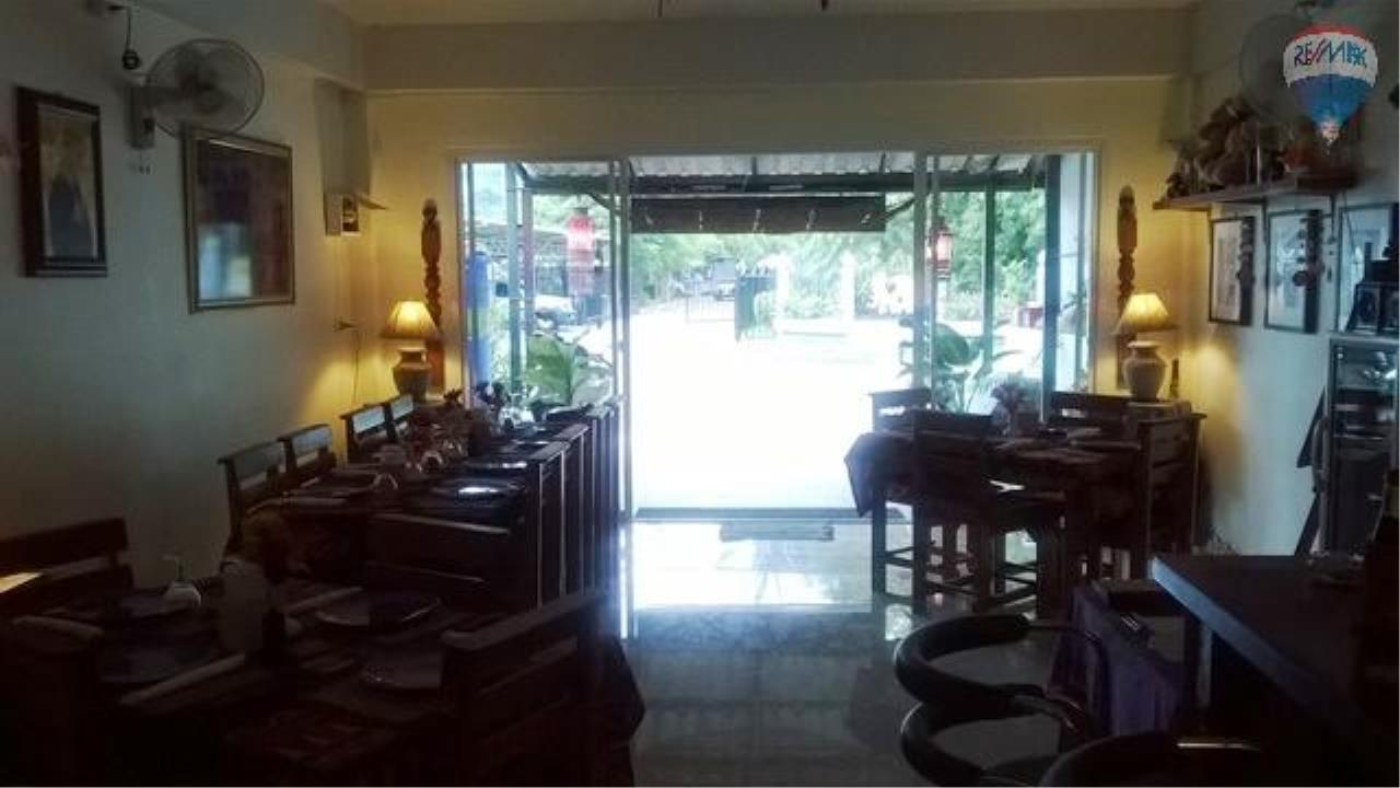RE/MAX Top Properties Agency's Restaurant with 2 rooms For Sale Kamala 13