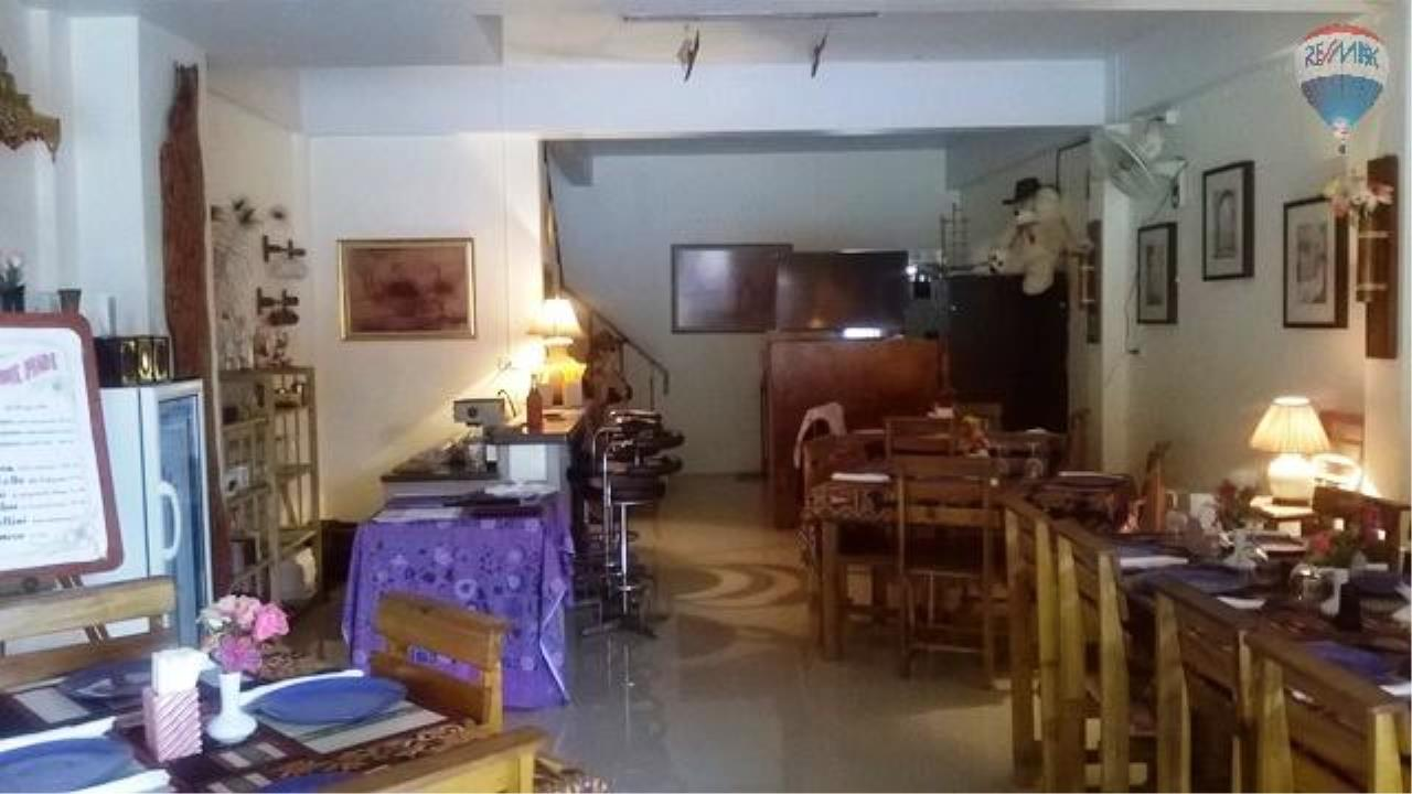 RE/MAX Top Properties Agency's Restaurant with 2 rooms For Sale Kamala 6
