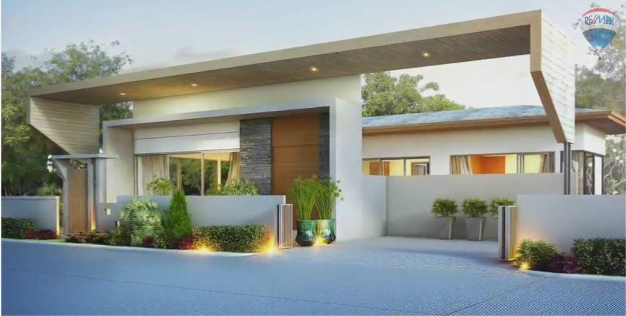 RE/MAX Top Properties Agency's Spacious Luxury private Pool Villas Resort 2 bedroom in Chalong 3
