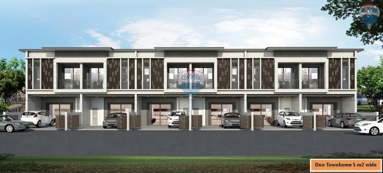 RE/MAX Top Properties Agency's Duo Townhome 3 Bedroom close to The Sri Sunthorn Municipality in Thalang 4