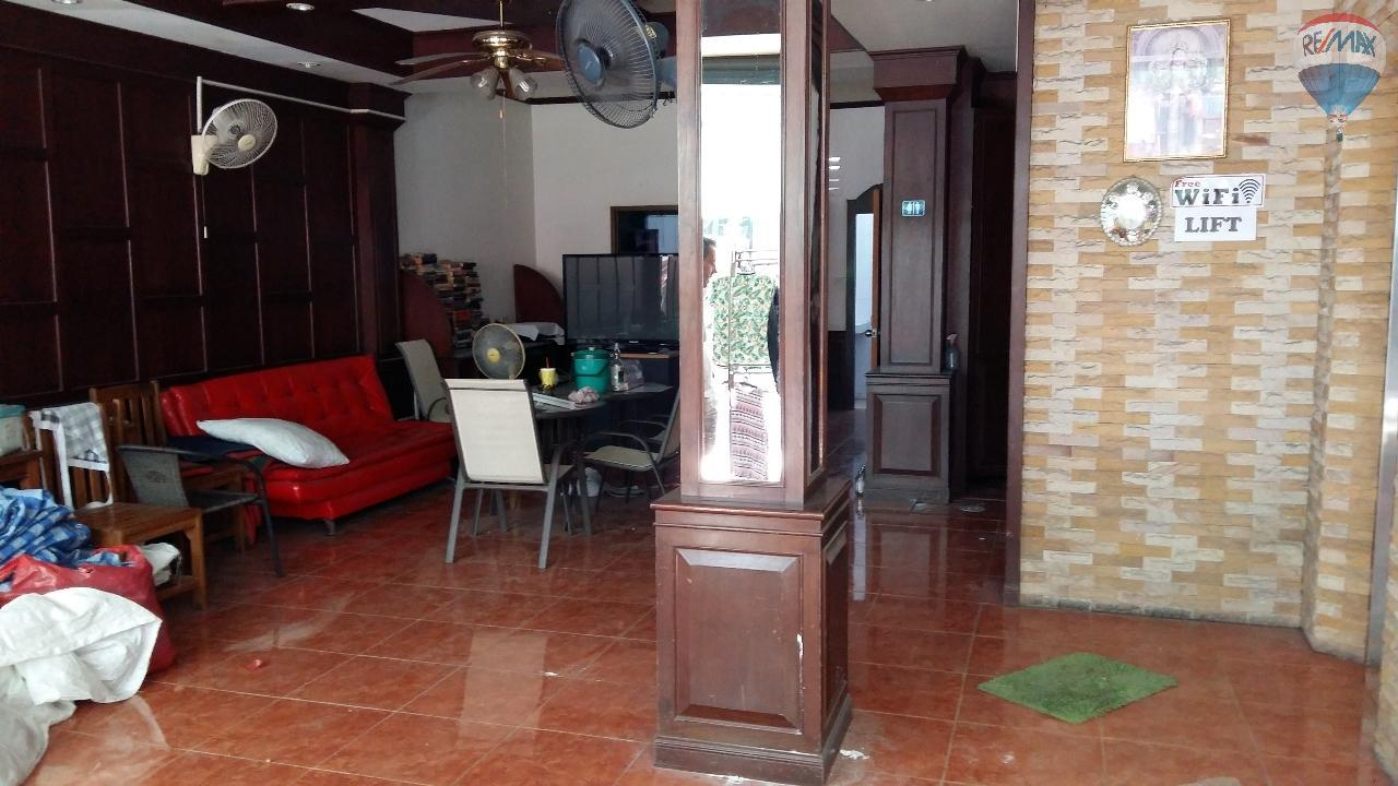 RE/MAX Top Properties Agency's 19 rooms Guesthouse For Sale Patong Beach 9