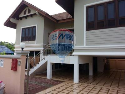 RE/MAX Top Properties Agency's 2 Storey house 3 bedrooms with spacious yard in Koh Samui 1