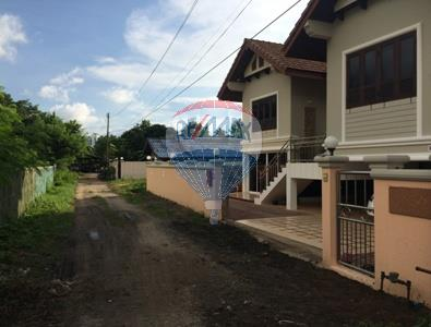 RE/MAX Top Properties Agency's 2 Storey house 3 bedrooms with spacious yard in Koh Samui 19