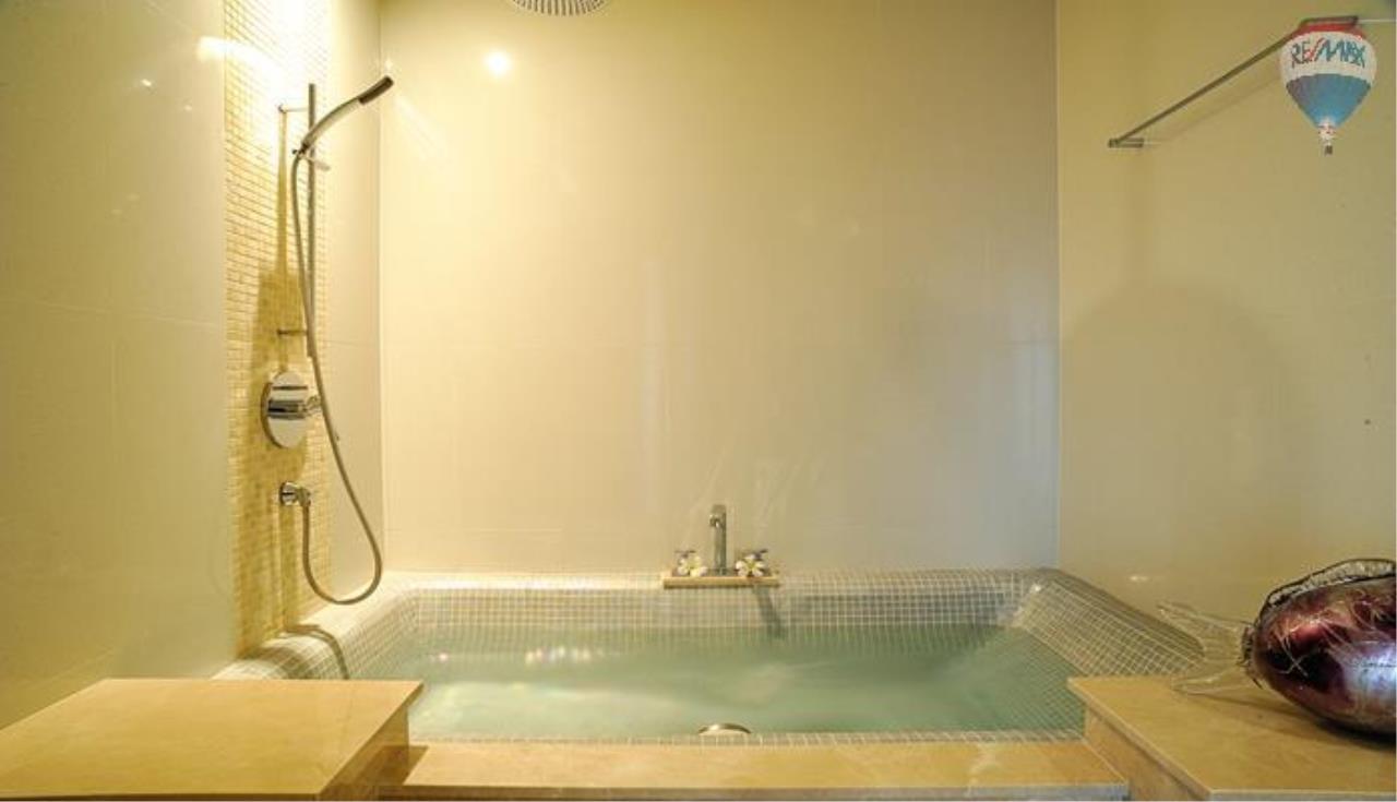 RE/MAX Top Properties Agency's 2 bedrooms boutique luxury For rent In Bangtao 2
