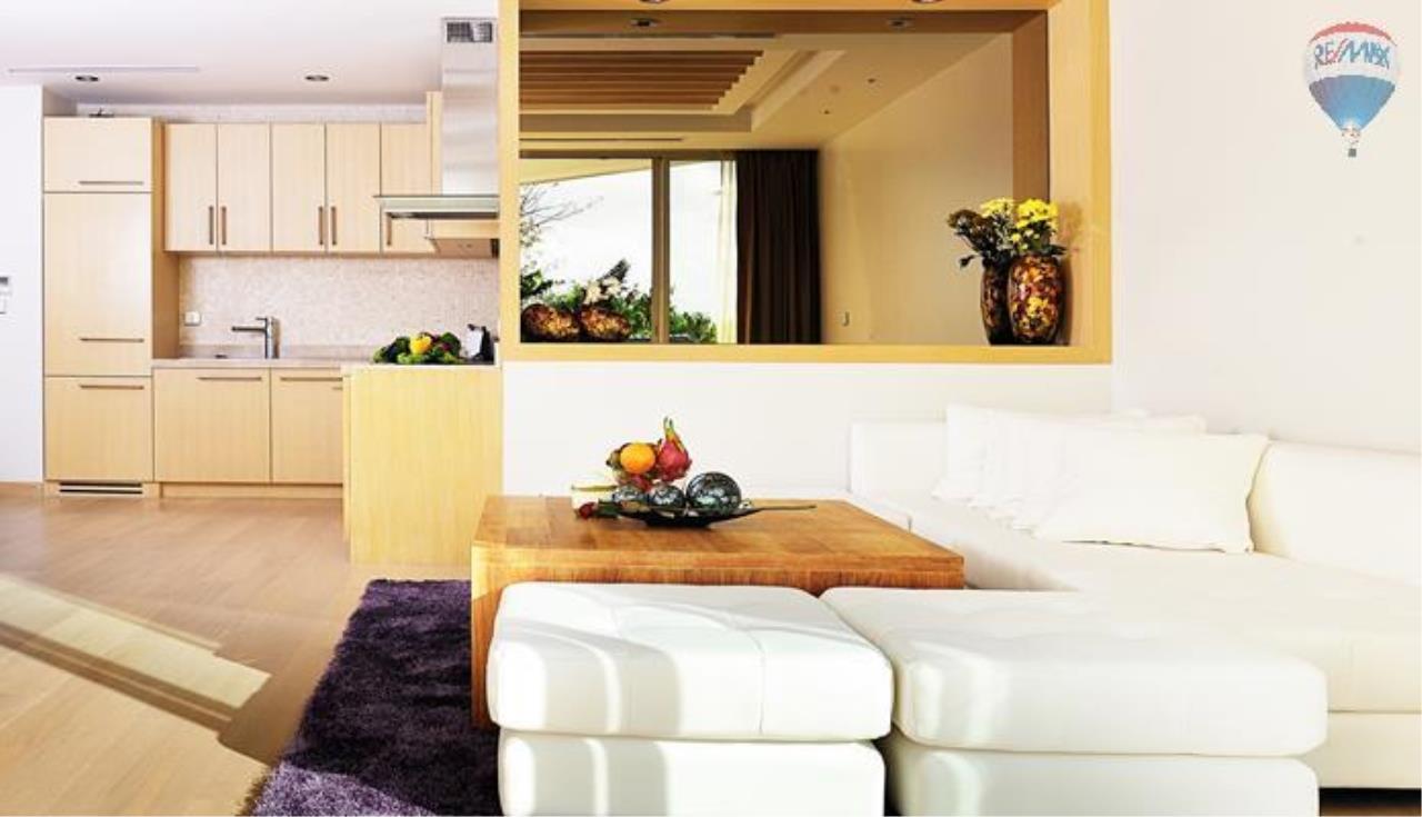 RE/MAX Top Properties Agency's 2 bedrooms boutique luxury For rent In Bangtao 4