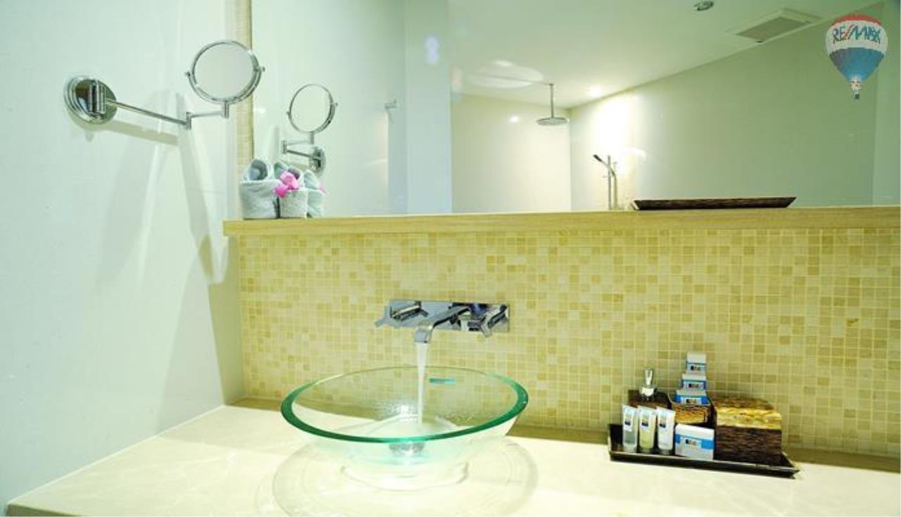 RE/MAX Top Properties Agency's 2 bedrooms boutique luxury For rent In Bangtao 7
