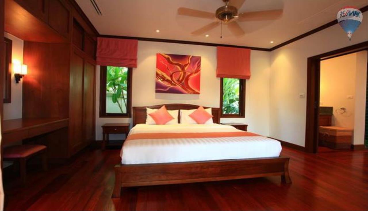 RE/MAX Top Properties Agency's 4 Bedrooms Private Pool villa In Bangtao 3