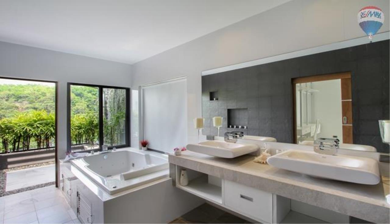 RE/MAX Top Properties Agency's 9 Bedrooms Villa with Sea View in Bangtao 3