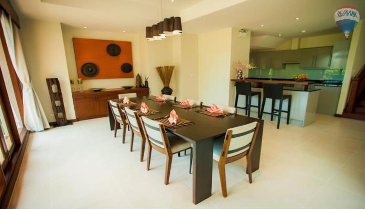RE/MAX Top Properties Agency's Four Bedrooms Villa In Laguna 11