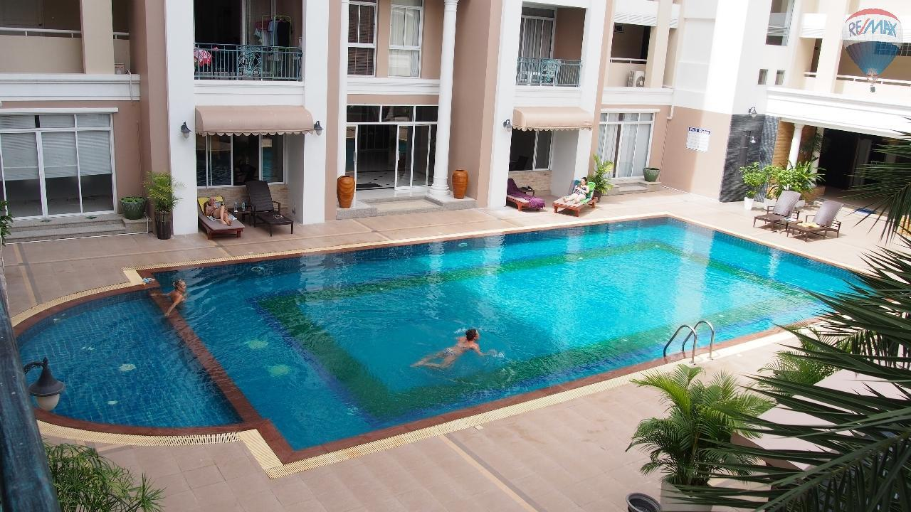 RE/MAX Top Properties Agency's 2 bedrom Apartment ,Patong Beach,Phuket,Thailand 3