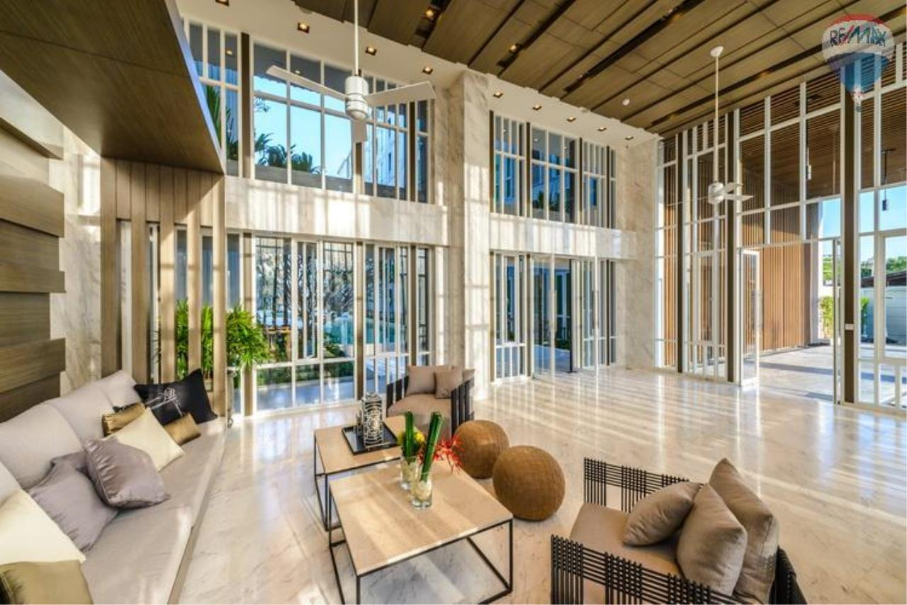 RE/MAX Top Properties Agency's The Base downtown  1
