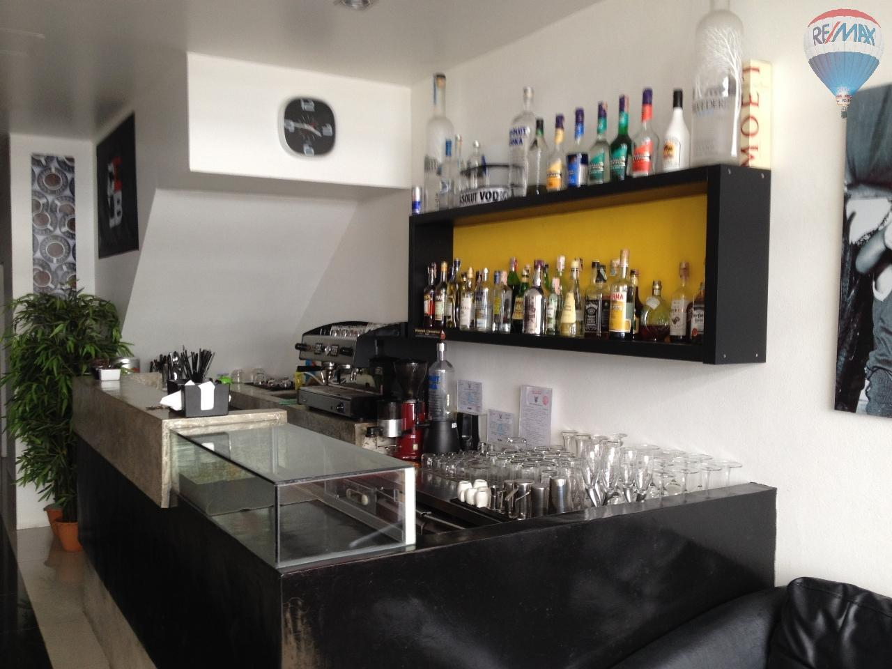 RE/MAX Top Properties Agency's Guest House with Bar Lounge 1