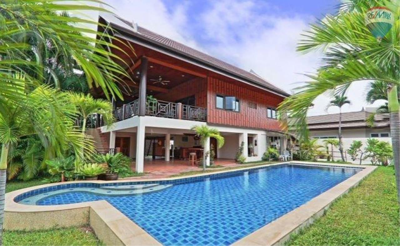 RE/MAX Top Properties Agency's Villa & Bungalows For Sale Chalong Phuket 1